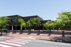 新潟市美術館の外観